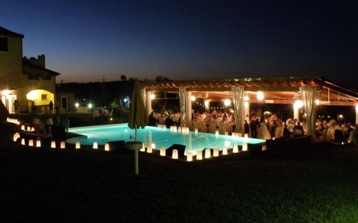 Piscina-notte-festa2-5914992c211f6