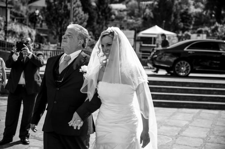 destination-wedding-italy-bride-arrival